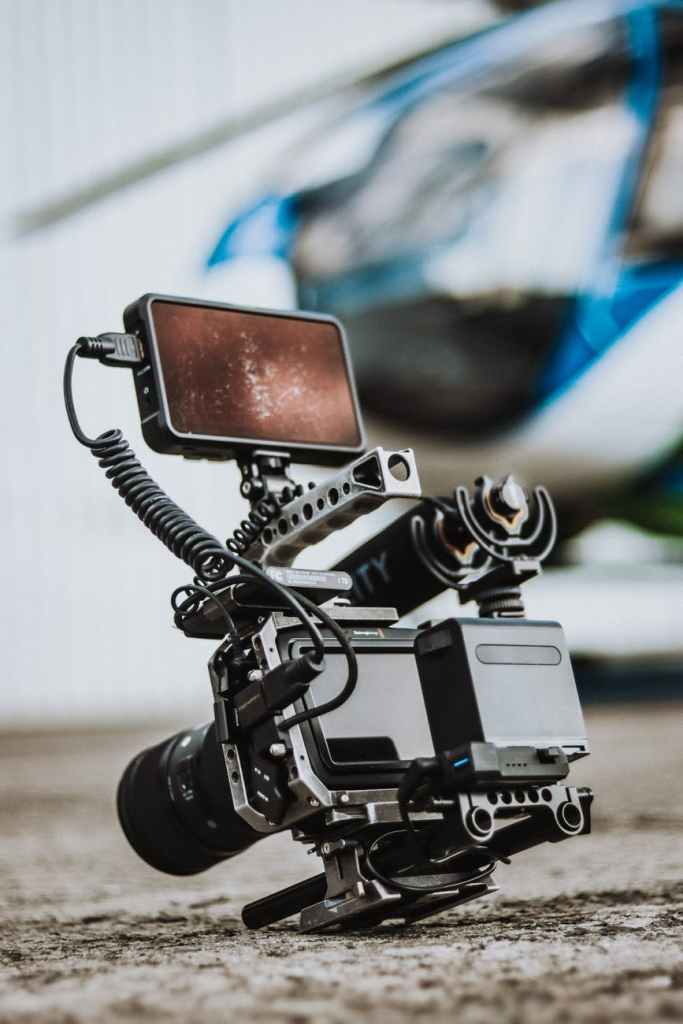 Stock image of a video rig with microphone and smart phone on top